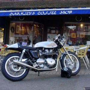 Norton Sprint on a Hinkley Triumph Thruxton. The ultimate modern cafe racer (TA Baker tank)