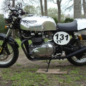 Another Triumph Thrux picture,TAB classics tank and Cowl