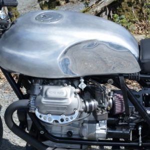 Part polished long Guzzi tank with Aero cap