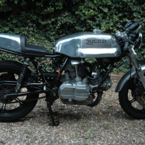 Ducati Imola style tank and seat on this 79 SSD