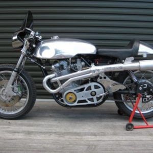 Our Lyta sprint tank and seat on an 850 Norton Commando Racer