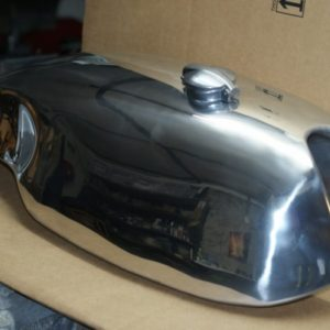 Lyta style short circuit (Sprint) Alloy Fuel Tank for Norton Commando
