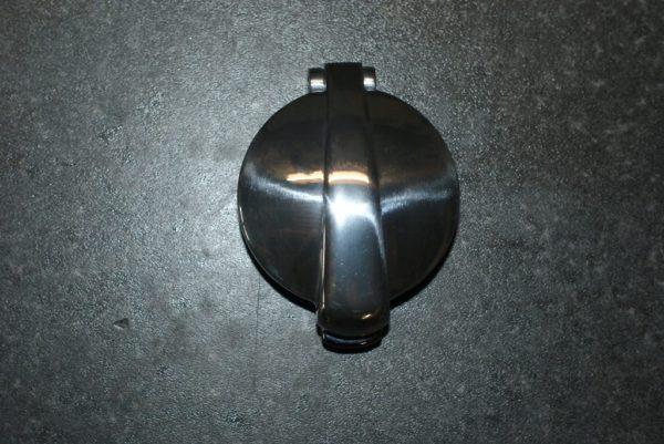 Monza style cap