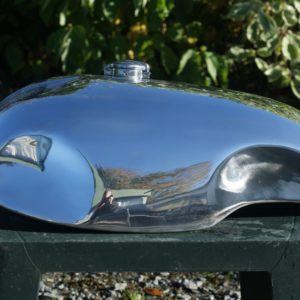 """""""Lyta"""" Style alloy tank for Norton Wideline cafe racer"""