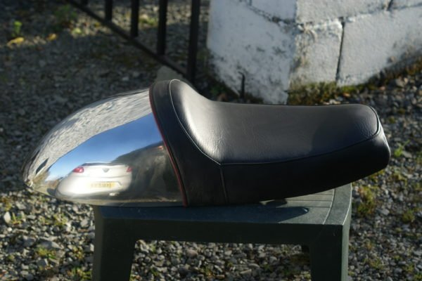 Seat for Hinckley Thruxton and Bonneville900cc Hinckley Thruxton and Bonnevilles.